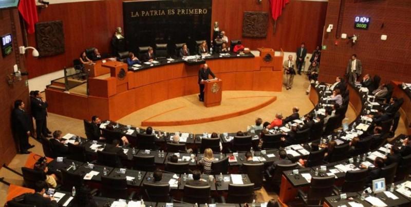 Senado mexicano aprueba eliminar el fuero al presidente