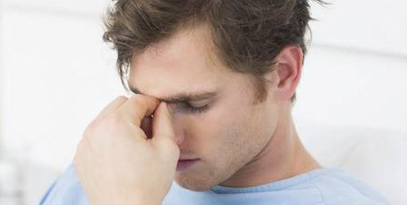 Ingresa al hospital por un fuerte dolor de cabeza y le encuentran larvas en el cerebro