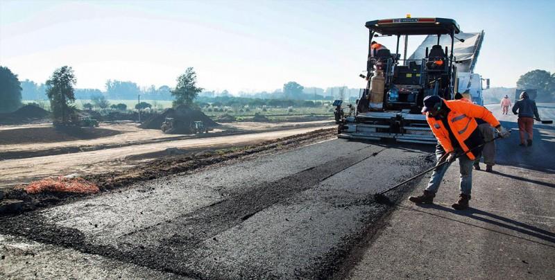 Gobierno mexicano adjudica de forma directa 74% de la obra pública, según ONG