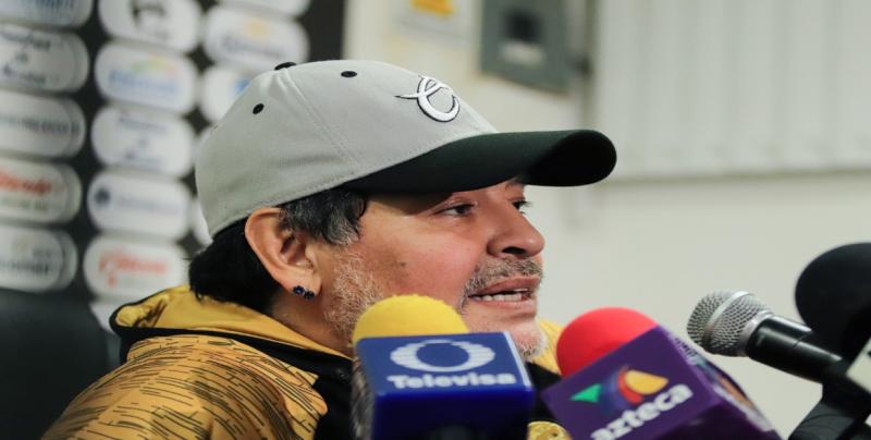 Gracias a éste grupo hay triunfos: Diego Armando Maradona