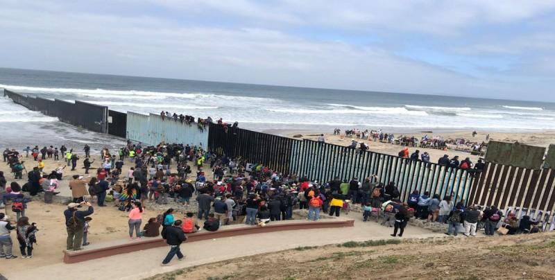 Impactantes vídeos revelan el peligro de la migración en la frontera de EEUU
