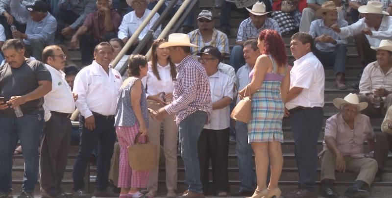 Solicita la CNC el apoyo de Diputados Federales y locales, Senadores en la lucha por mejores precios a los granos