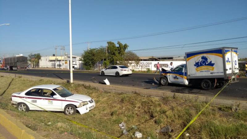 """Muere taxista en accidente  por """"La Costerita"""""""