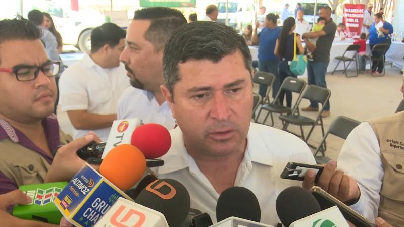 Alcalde de Ahome se compromete a llevar mas apoyos a zonas rurales