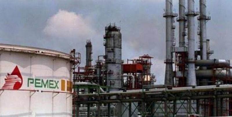 Nueva refinería mexicana tiene 2 % de probabilidad de éxito, según informe