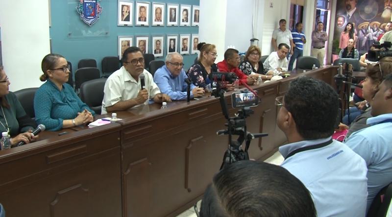 Regidores de Mazatlán desmienten millonario préstamo