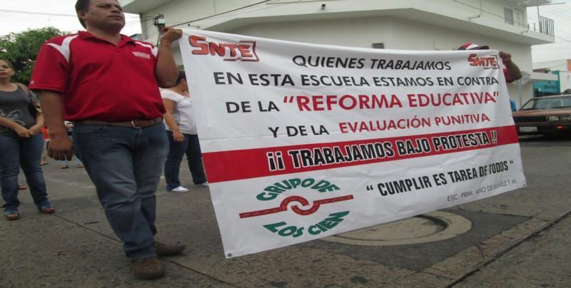 """Sindicato de maestros de México pide """"libertad sindical"""" en sector educativo"""