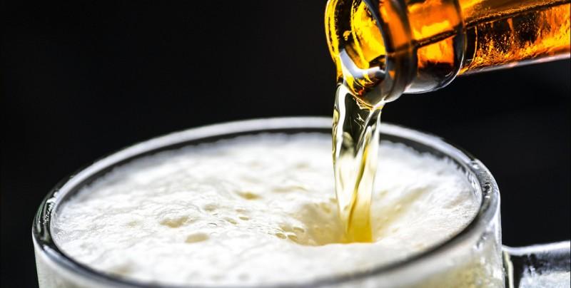 Morena busca liberar venta de alcohol en Sinaloa