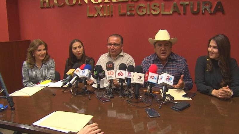 Morena busca controlar al ejecutivo desde el Congreso