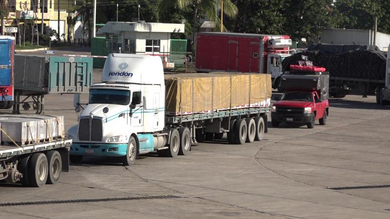 Identifican carreteras en mal estado en Sinaloa : CANACAR