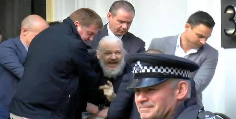 Ecuador reitera que obtuvo garantías de Londres sobre extradición de Assange