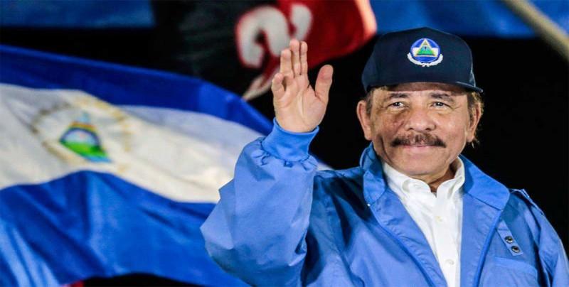 """Ortega promete recibir """"con fraternidad"""" a los que huyeron por la crisis"""