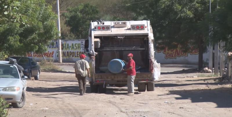 Remueven a choferes de camiones recolectores de basura