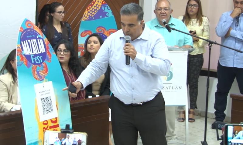 """Descubre como usar los códigos QR del """"Mazatlán Fest 2019"""""""