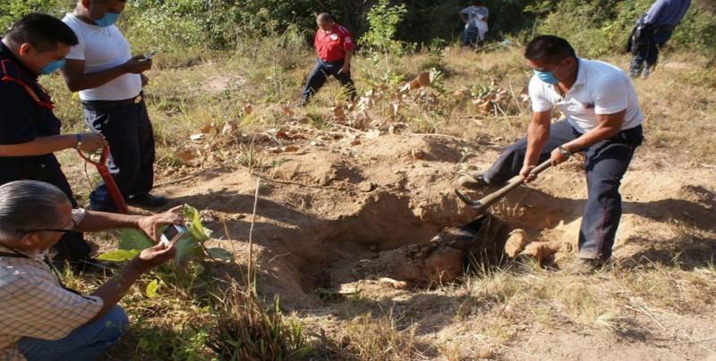 Autoridades hallan 36 fosas clandestinas en Veracruz