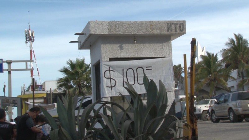 Hasta 100 pesos los espacios de estacionamiento en Mazatlán