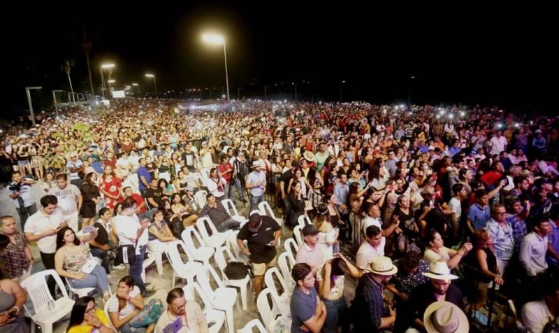 Miles de personas asistieron al cierre del mazatlán Fest 2019