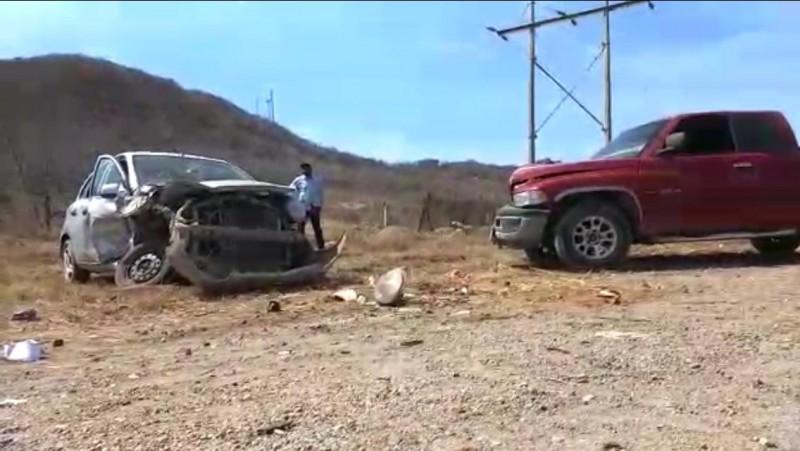 Choque deja una mujer lesionada al norte de Mazatlán