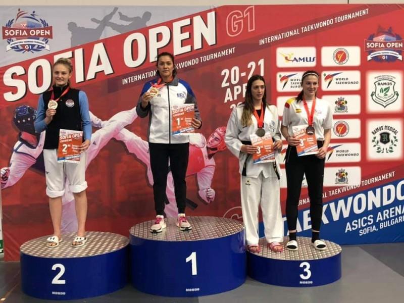María del Rosario Espinoza logra Oro en Bulgaria