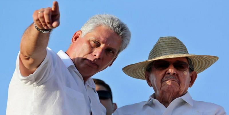 Raúl Castro inaugura centro de discapacitados en montañas de Santiago de Cuba