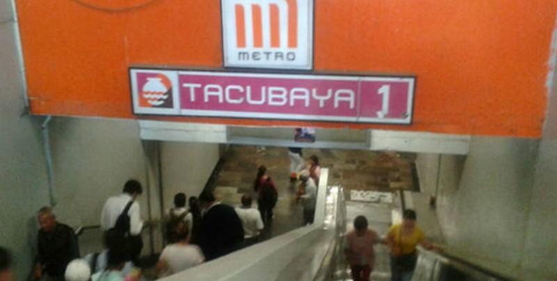 Mujer sufre infarto en el Metro, es abandonada y muere