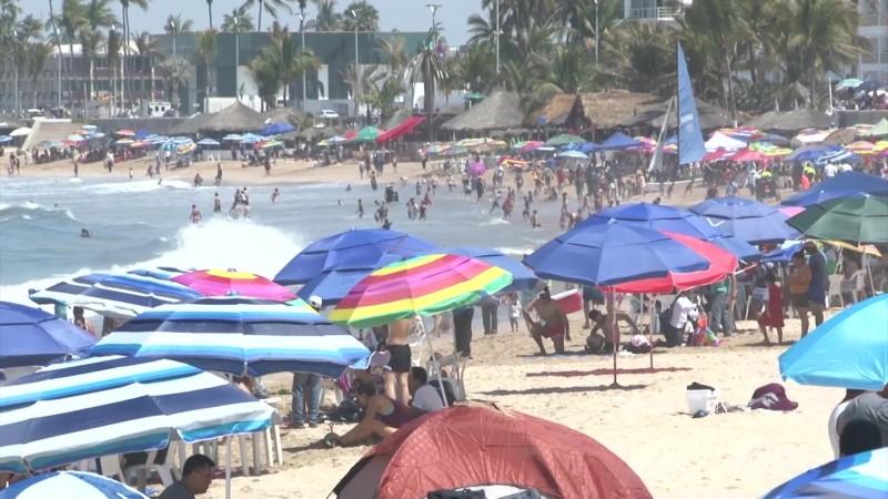 Se 'volcaron' a playas sinaloenses más de 2 millones de personas en días santos