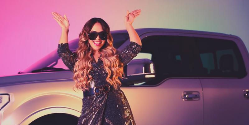 Jiapsy Yañez es criticada por su nuevo vídeo musical 'De Party en Culiacán'