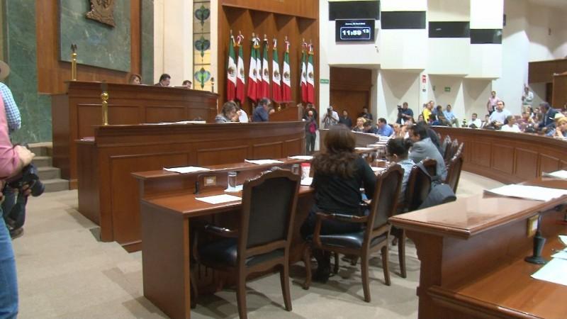 Acata Congreso de Sinaloa  resolución del Primer Tribunal Colegiado en Materia Administrativa