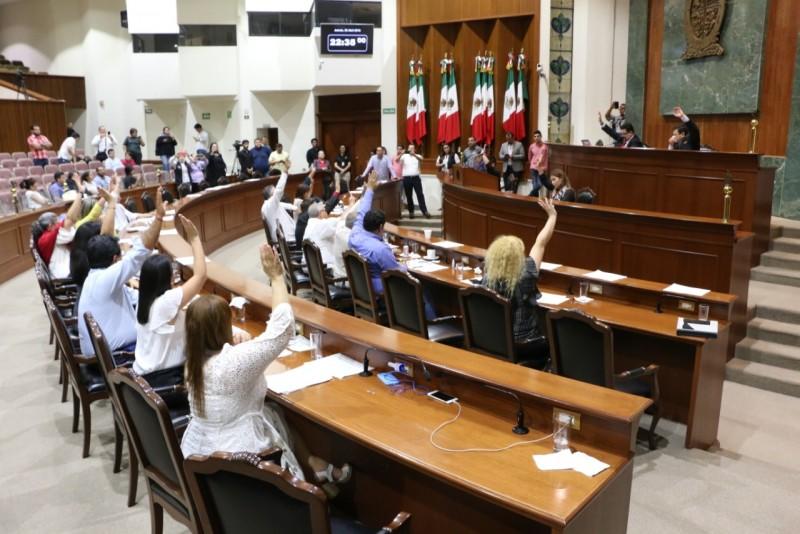 Congreso da cumplimiento a sentencia y deja sin efecto nombramiento de magistrado