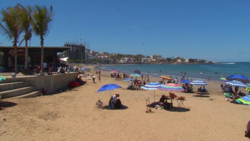 Vacías las playas de Mazatlán después de Semana Santa