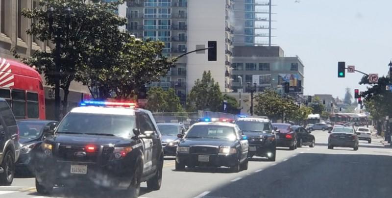 Un muerto y varios heridos tras tiroteo en sinagoga de San Diego
