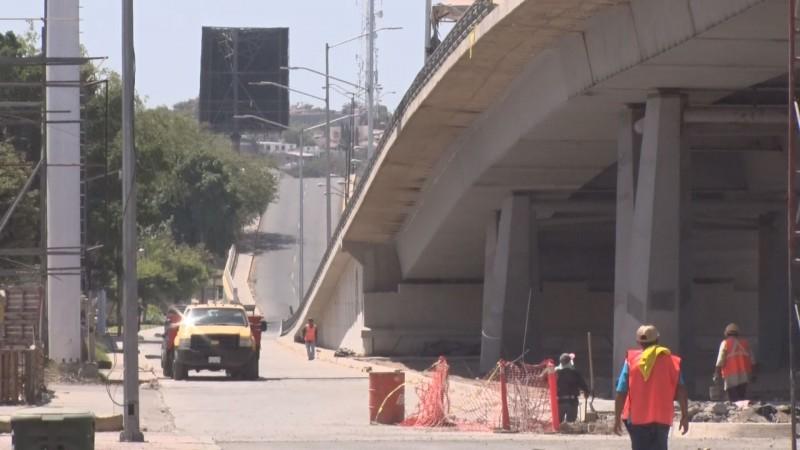 En la segunda quincena de mayo quedará concluido el puente superior de Arjona y Pedro Infante