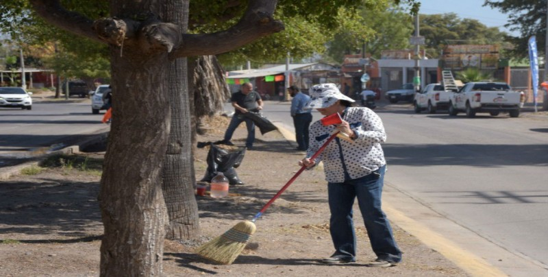 """""""Limpiemos Culiacán"""" se llevó a cabo en el fraccionamiento Los Ángeles"""