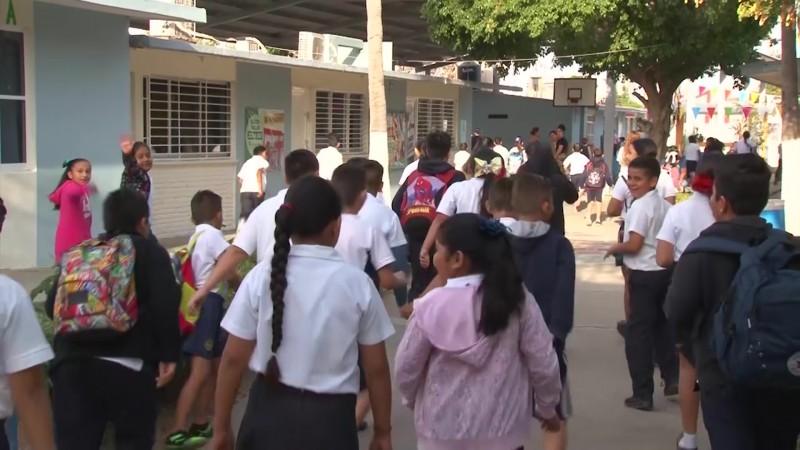 Sin disturbios, ni daños regreso a las aulas en Mazatlán