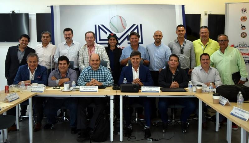 Recibe Asamblea de Presidentes de la LMP balance de la campaña anterior