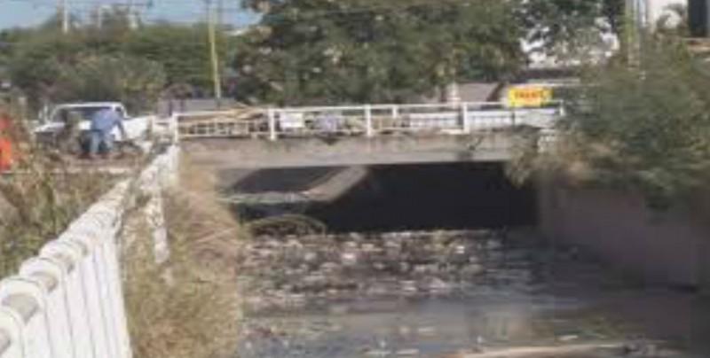 Inicia Ayuntamiento con limpieza de arroyos, drenes y canales