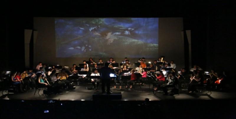 Da vida a personajes de películas la Banda Sinfónica Juvenil