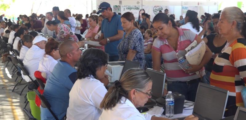 """Más de 50 mil personas han sido beneficiadas con las Jornadas de apoyo """"Puro Sinaloa"""""""