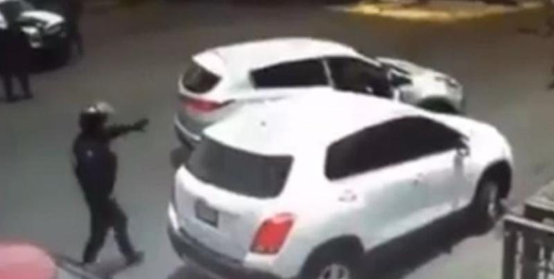 Policía de Zapopan evitan un secuestro y aseguran armas de fuego