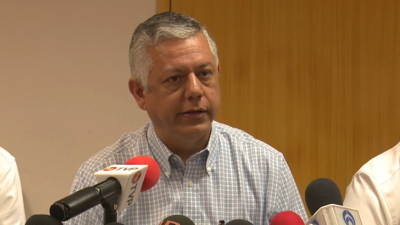Se reúne fiscal general en Sinaloa con empresarios