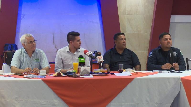 Restauranteros refuerzan lazos de coordinación con la dirección de seguridad en Ahome