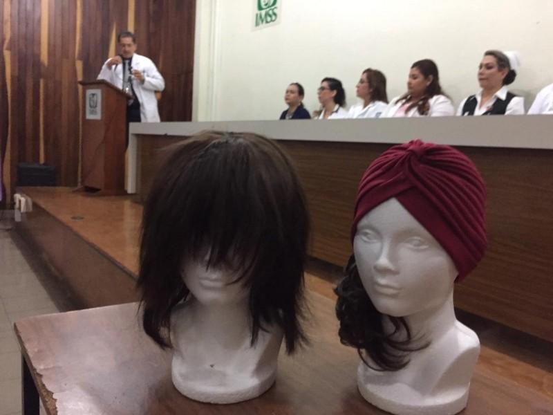 Regalan pelucas oncológicas a derechohabientes del IMSS