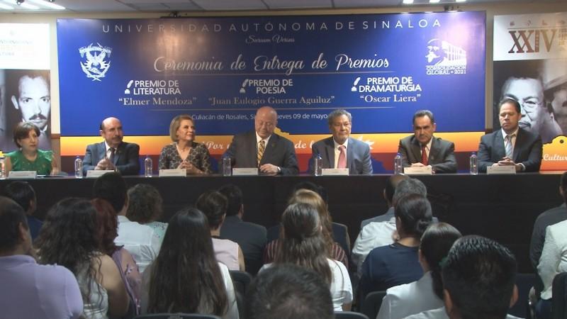 Reconoce la UAS a ganadores del los premios nacionales de literatura