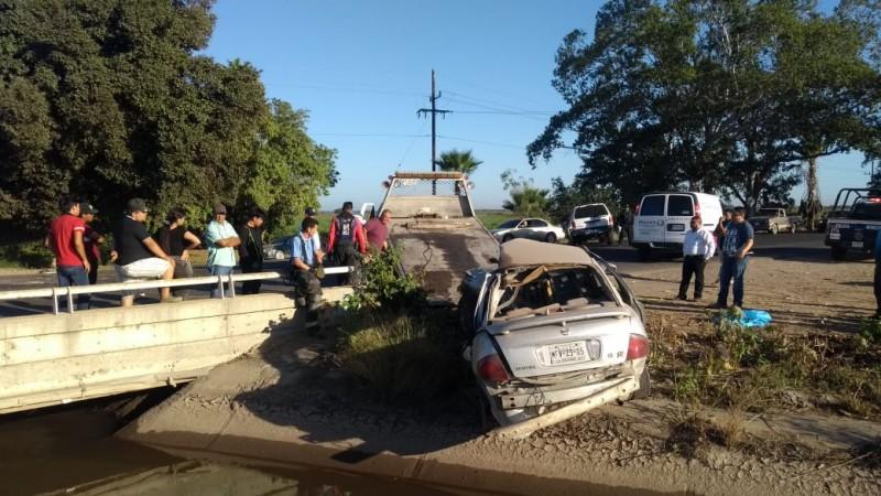 Un muerto y dos heridos en accidente automovilístico