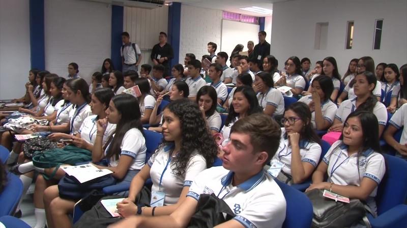 Ponen el futuro del turismo de Mazatlán en manos de jóvenes emprendedores