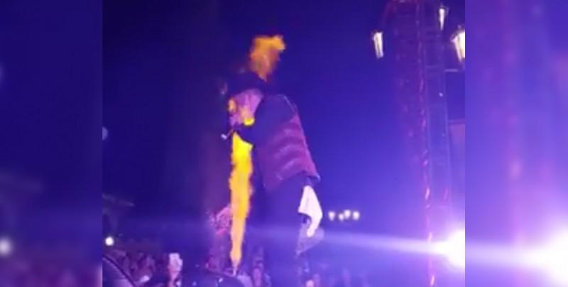 Se quema la cara a 'El Gallo' Elizalde durante concierto en Jalisco