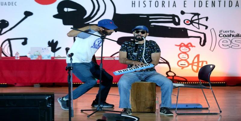 Manu Libre, estuvo en la 22ª Feria Internacional del Libro Coahuila