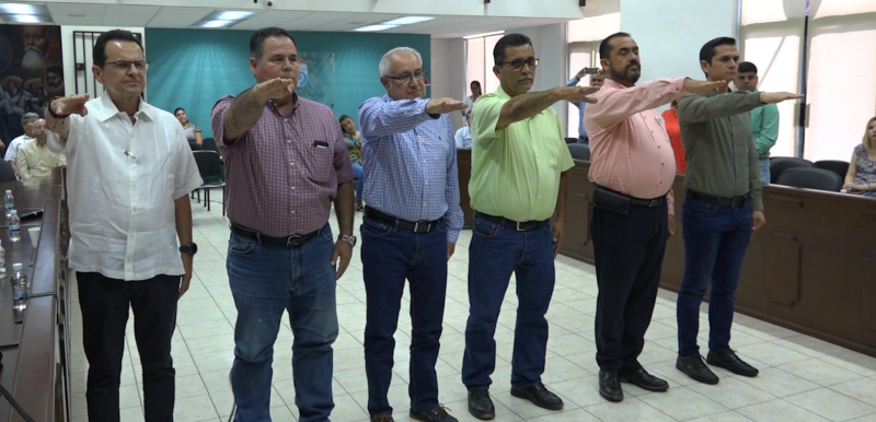 Nombran nuevos integrantes de la Junta Municipal de Catastro