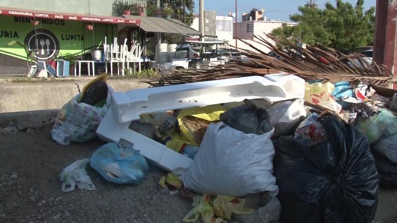 Esperan hasta cinco días para recolección de basura en el Alarcón