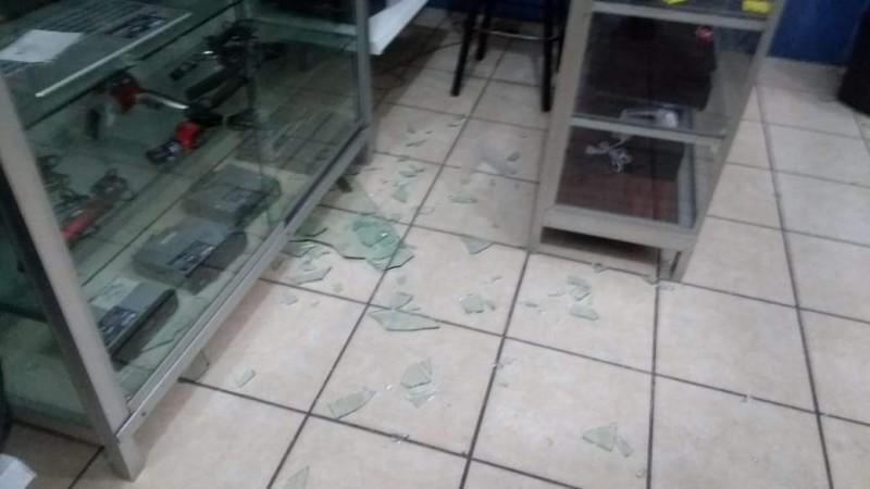 Se registran múltiples hechos vandálicos y robos en negocios de Mazatlán